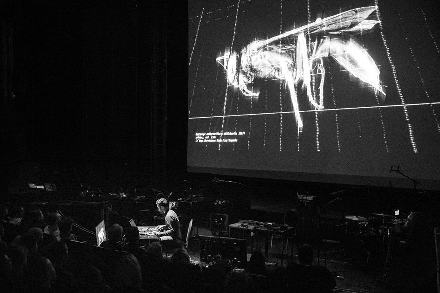 POLITIK, live music set byBasar Ünder ensemble, Volksbühne Theater, Berlin (D), 2017